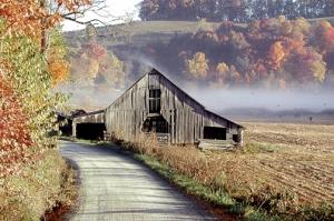 Autumn_barn