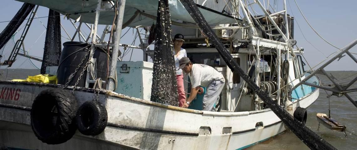 shrimping-boat-ejo-050410_30952ada81fcea2f2587816920b98b4a-nbcnews-fp-1240-520