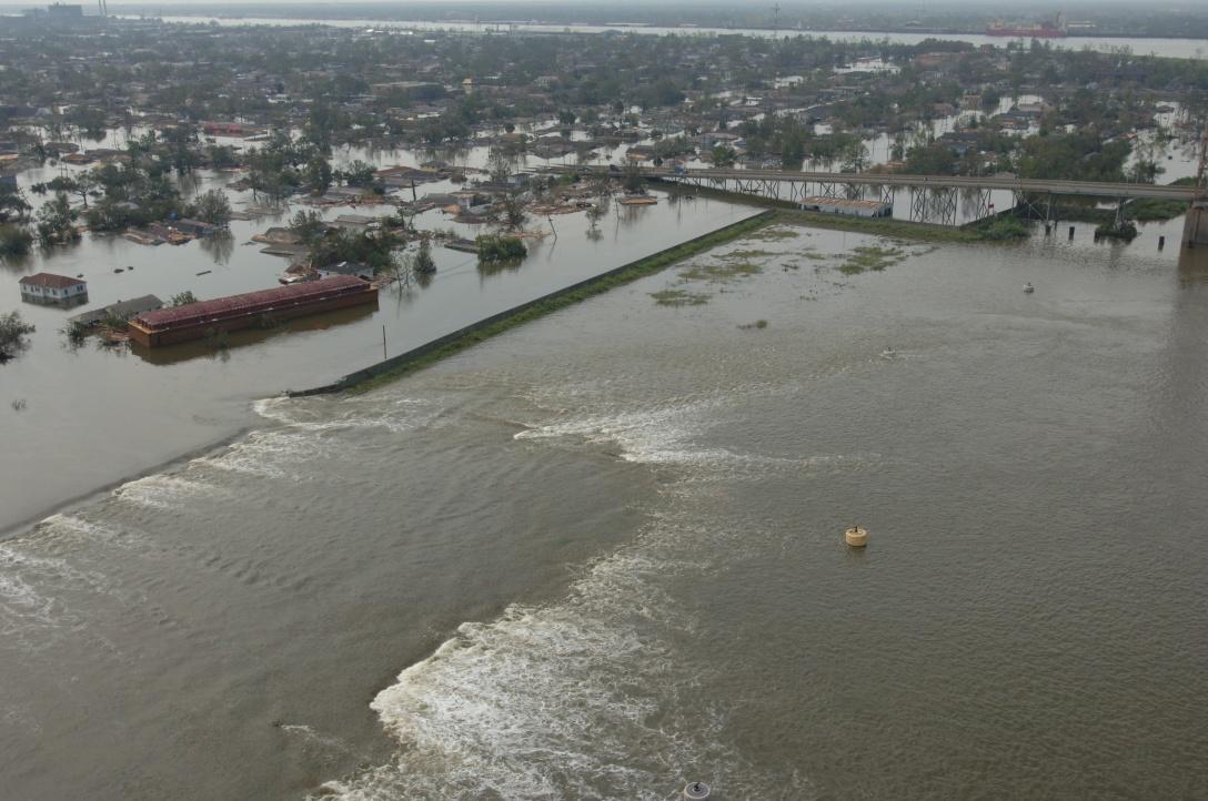 Katrina_NOLA_levee_break_FEMA